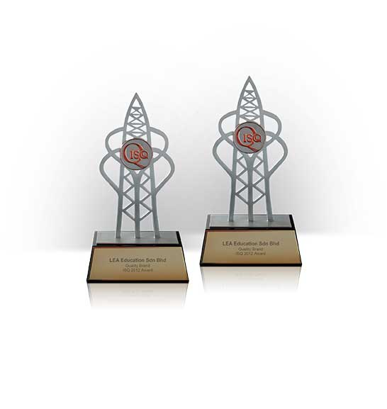 جوائز مركز اللغة LEA